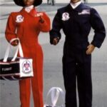 air-force-thunderbirds-barbie-and-ken-gift-set