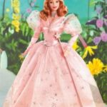 barbie-as-glinda-the-good-witch-in-the-wizard-of-oz-k8684