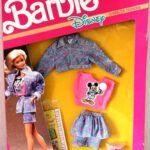 barbie-disney-character-fashions-with-mickey