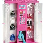 barbie-life-in-the-dreamhouse-fashion-vending-machine-accessories