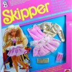 barbie-skipper-party-n-play-outfit-9029