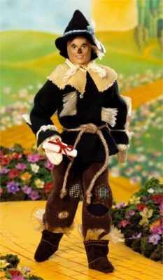 ken-as-the-scarecrow-from-the-wizard-of-oz
