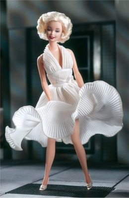 marilyn-monroe-in-the-seven-year-itch-white